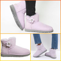 【SALE】UGG  Mini Bailey Button Poppy Boots ラベンダー