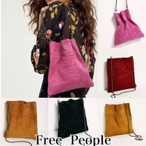Free People(フリーピープル) ショルダーバッグ・ポシェット Free People Nicolette スエードポシェット 5色展開 関税送料込