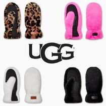 UGG【国内発送・関税込】ALL OVER FAUX FUR MITTEN