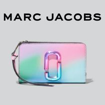 MarcJacobs【国内発送・関税込】The Snapshot Compact Wallet