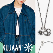 KUJAAN(クジャーン) ネックレス・チョーカー [KUJAAN] Daisy & Peace Necklace★BTS ジョングク着用★人気