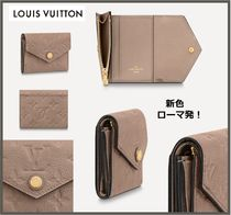 "LouisVuittonフェミニンなスーパーミニ財布 ""ゾエ"" 新色トープ色"