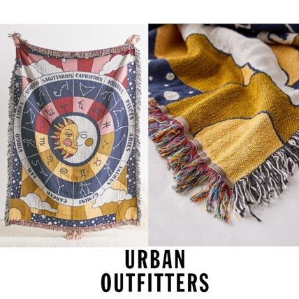 URBAN OUTFITTERS Valley Cruise Press 星座スローブランケット