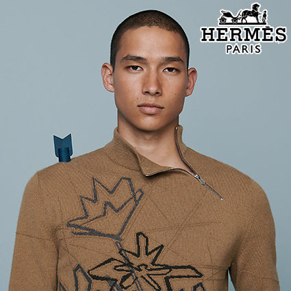 HERMES直営店 Pull col camionneur zippe