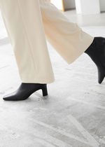 ☆& Other Stories新作☆Leather Heeled Ankle Boots(black)