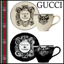 GUCCI アイ ディテール グラフィック柄 カップ & ソーサー 2色