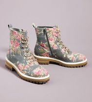 関税込☆追跡あり☆Cecelia New York Floral Chain Hiker Boots