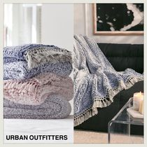 ☆URBAN OUTFITTERS☆スーパーソフト素材☆フリンジブランケット