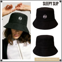 SLEEPY SLIP(スリーピースリップ) ハット 日本未入荷SLEEPY SLIPの[unisex]S LOGO TOWEL BUCKET HAT