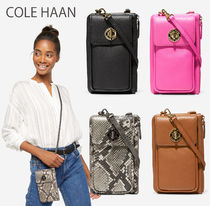 COLE HAAN★Cell Phone ショルダーバッグ (追跡付き/送料無料)