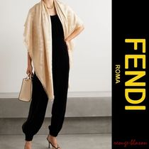 【国内発送】FENDI ケープ Metallic jacquard wrap
