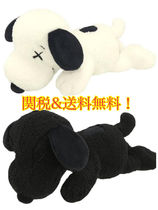 激レア 送料関税込み KAWS Uniqlo Peanuts Snoopy Plush Small