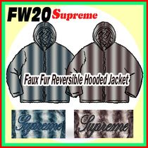 14 week FW 20 Supreme Faux Fur Reversible Hooded Jacket
