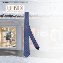 新作入荷【FENDI】Cravate en soie bleue