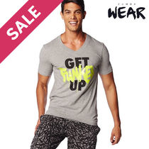 ZUMBA Get Funked Up V Neck (Thunderin Gray)