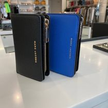 MARC JACOBS(マークジェイコブス) 折りたたみ財布 SALE! Marc Jacobs ロゴ コンパクト 2つ折り ユニセックス
