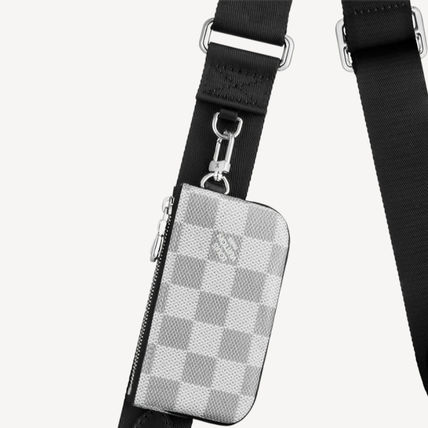 Louis Vuitton ショルダーバッグ 【直営店】ルイヴィトン☆ダミエ グラフィット3D TRIO MESSENGER(4)