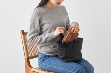 ithinkso メイクポーチ 【ithinkso】BELL MAKE-UP POUCH★モコモコボア/追跡付(10)
