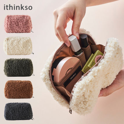 ithinkso メイクポーチ 【ithinkso】BELL MAKE-UP POUCH★モコモコボア/追跡付