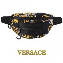 【VERSACE JEANS COUTURE】VJCバロック柄 クロスボディバッグ