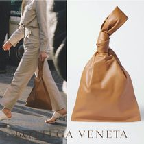 ∞∞ BOTTEGA VENETA ∞∞ BV Twist knotted leather クラッチ☆