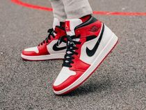 『在庫の確認必須』Air Jordan 1 Mid 'Chicago'