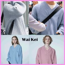Wai Kei(ワイケイ) ニット・セーター ☆NCT ドヨン着用☆Dolphin Embroidery LambsWool V neck Knit☆