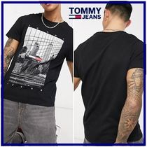 ☆Tommy Jeans☆ tonal NYCフォトフラグプリント半袖Tシャツ
