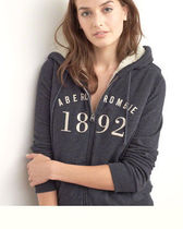 Abercrombie & Fitch(アバクロ) パーカー・フーディ ふかふか暖か Sherpa Lined Logo Hoodie