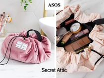ASOS(エイソス) メイクポーチ 国内発送★ASOS Flat Lay Co. 広がるメークポーチ