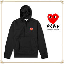 PLAY COMME des GARCONS(プレイコムデギャルソン) パーカー・フーディ 関送込★PLAY COMME des GARCONS★大人気ハートロゴプルパーカー