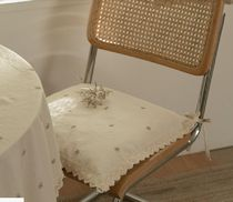 【DECO VIEW】Natural Daisy Embroidered Lace Cushion Cover