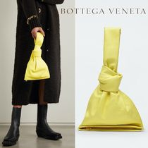 ∞∞ BOTTEGA VENETA ∞∞ The Mini Twist knotted クラッチ☆