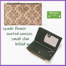 【kate spade】最終SALE★spade flower★コンパクト財布*NATURAL