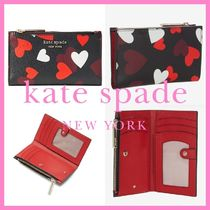 kate spade*spencer celebration hearts slim bifold wallet