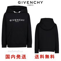 GIVENCHY(ジバンシィ) キッズ用トップス ★GIVENCHY★ ジバンシィ ブラックパーカー ロゴ 大人もOK