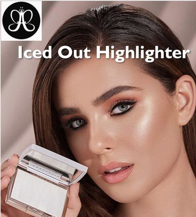 完売続出*Anastasia Beverly Hills*Iced Out Highlighter