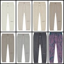 送料関税無料 [Fear Of God] ESSENTIALS Track Pants