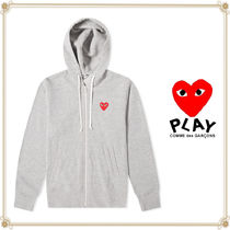 PLAY COMME des GARCONS(プレイコムデギャルソン) パーカー・フーディ 関送込★PLAY COMME des GARCONS★大人気フルジップロゴフーディ