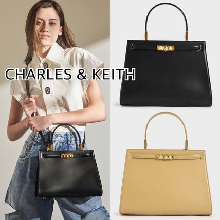CHARLES & KEITH メタリックプッシュロック★トラペーズバッグ