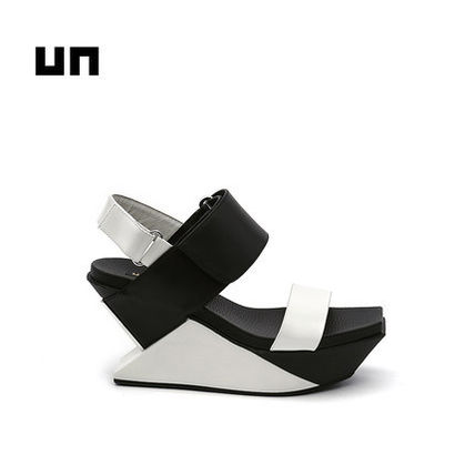 UN united nude DELTA WEDGE SANDAL。3タイプ