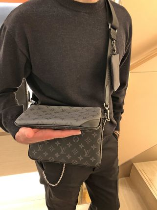 Louis Vuitton(ルイヴィトン) ショルダーバッグ ルイヴィトン★最新作 トリオ・メッセンジャーバッグ★関税込み