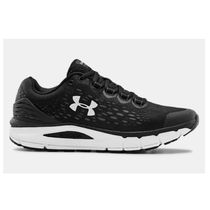 UNDER ARMOUR CHARGED INTAKE 4 スニーカー 黒