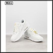 Nike Air Max 90 trainers with shoelerry in white