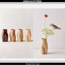 Urban Outfitters  フィーメールシェイプ花瓶:Female Form Vase