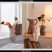 Urban Outfitters  フィーメールシェイプ花瓶:Leggy Lady Vase