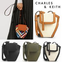 【Charles&Keith】クロスボディバッグ 大人 送料込