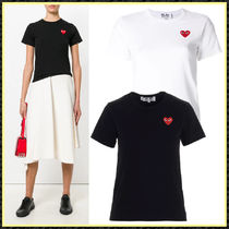 PLAY COMME des GARCONS(プレイコムデギャルソン) Tシャツ・カットソー 関送込/国内発【PLAY COMME des GARCONS】Heart patch Tシャツ