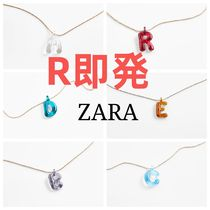 NECKLACE WITH INITIAL PENDANT☆イニシャルネックレス
