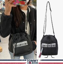 Tommy Hilfiger★正規品★Pocket logo tape bucket bag/安心追跡